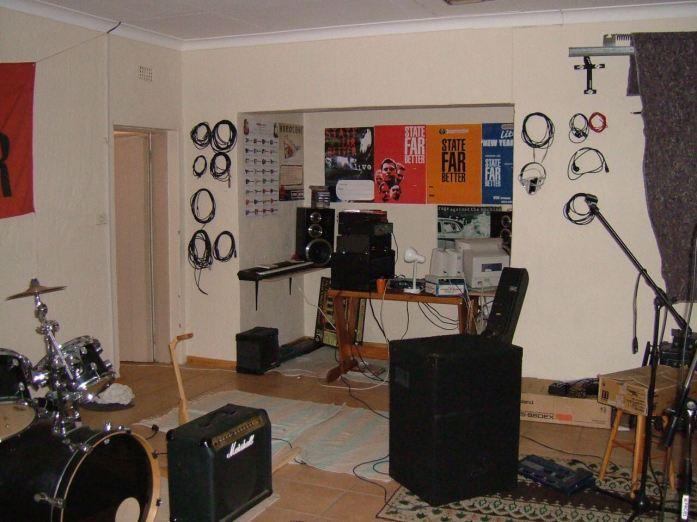 start of my recording studio - 2004 state far better jam room